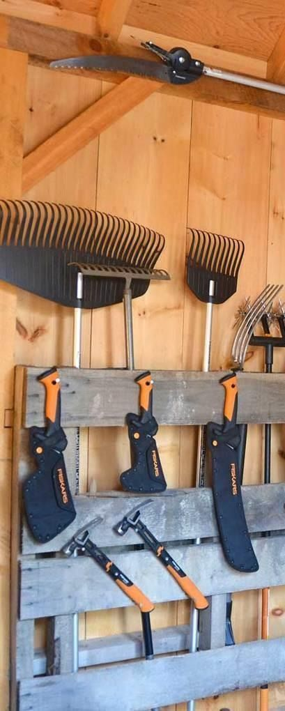 In need of space saving, organizing ideas for garages? We've got you covered! Click in to learn how to build a storage rack that will easily display all of your awesome tools.