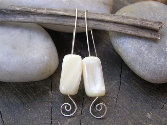 Mother Of Pearl Earrings , Sterling Silver , Long Hook Earrings: Earrings Measuring, Long Hooks, Pearl Earrings, Hooks Earrings, Mothers Of Pearls, Earrings Create, Mother Of Pearls, Pearls Earrings, Earrings Mothers