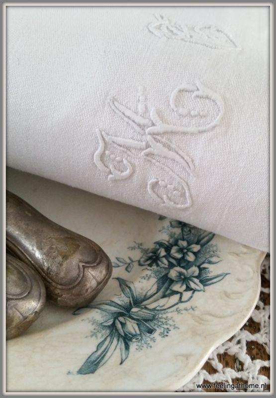 Antieke damasten servetten, 6 st Antique monogrammed damask napkins