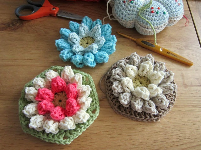 Lily Pad Hexagons...free pattern.