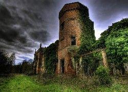 Ruiny, Pokryte, Roślinami, Burzowe, Chmury