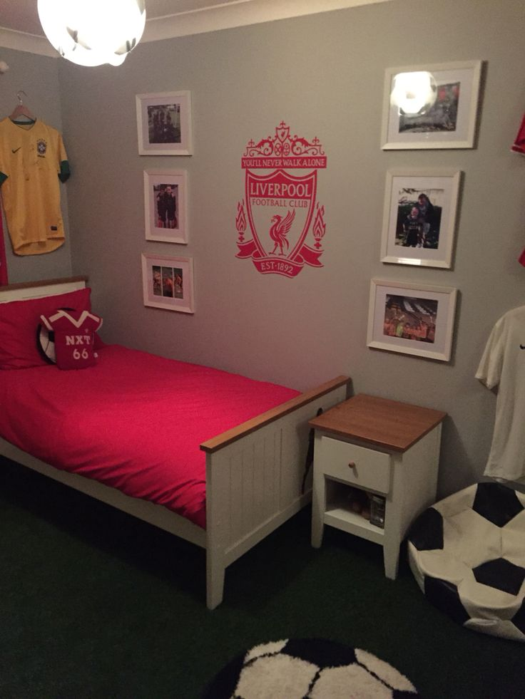 LFC bedroom 13 best James new room
