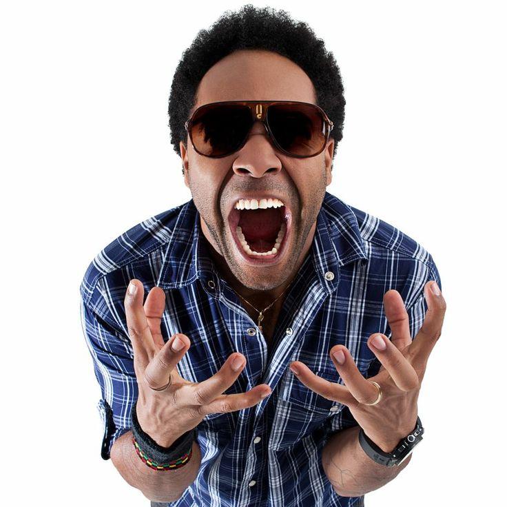 """O cantor Thalles Roberto lançou nesse último dia 30/04, o clipe oficial da música """"Filho Meu"""", do novo cd """"Sejam cheios do Espírito Santo"""". Segundo o site da emissora de rádio/TV REDE SUPER, o álbum tem previsão para lançamento em junho e traz narrativas sobre acontecimentos pessoais do cantor."""