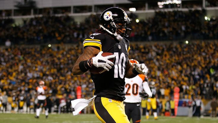 #PittsburghSteelers wide receiver Martavis Bryant has been suspended for a year. http://espn.go.com/nfl/story/_/id/14971120/martavis-bryant-pittsburgh-steelers-banned-nfl-least-one-year