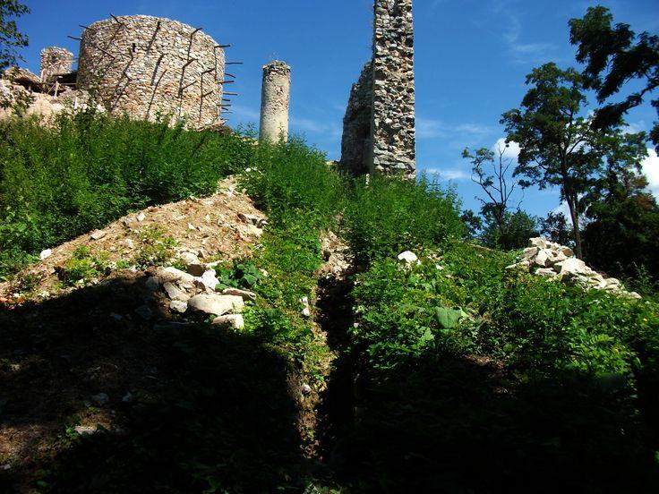 Oponice Castle ruins South corn