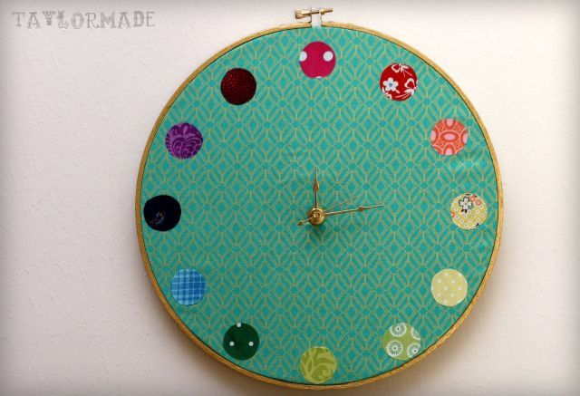 Make a Color Wheel Clock with Taylor Made: Crafts Ideas, Wheels Clocks, Crafts Rooms, Hoop Clocks, Colors Wheels, Crafts Tutorials, Embroidery Hoop, Sewing Rooms, Rooms Organizations