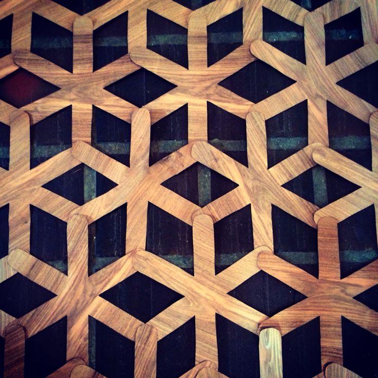 Wood square pattern