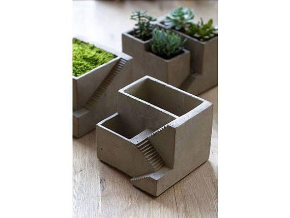 Decorative Flower pot for small flowers and cacti 3D printed and made to order flower pot available in several colors. Customization is available!   Who is 3Dimensiva?  We are a company located in Hamilton, Ontario which provides rapid 3D printing and design support to engineers,