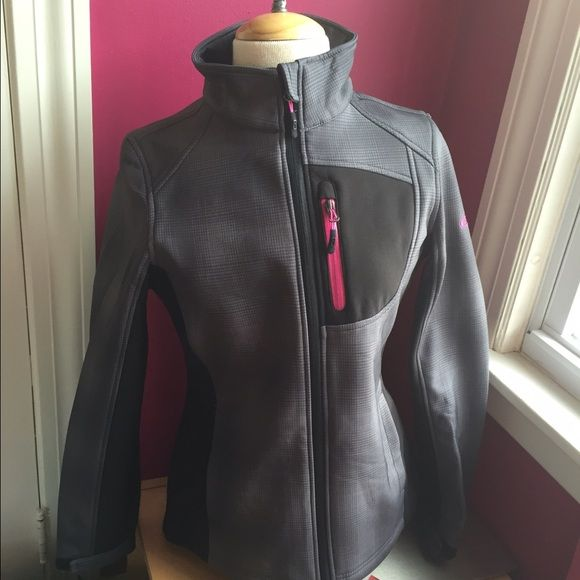 ❄️ SNOW SALE!!! ❄️ CB Sports Charcoal Print Jacket Charcoal print jacket with hot pink accents is lightly lined with fleece to keep you warm for an early spring morning run! High neck, zippered chest pocket, dual pockets inside and out, wrists are adjustable with velcro tabs. Machine wash cold, tumble dry low. BNWT, never worn, size medium. Retails for $120. CB Sports Jackets & Coats