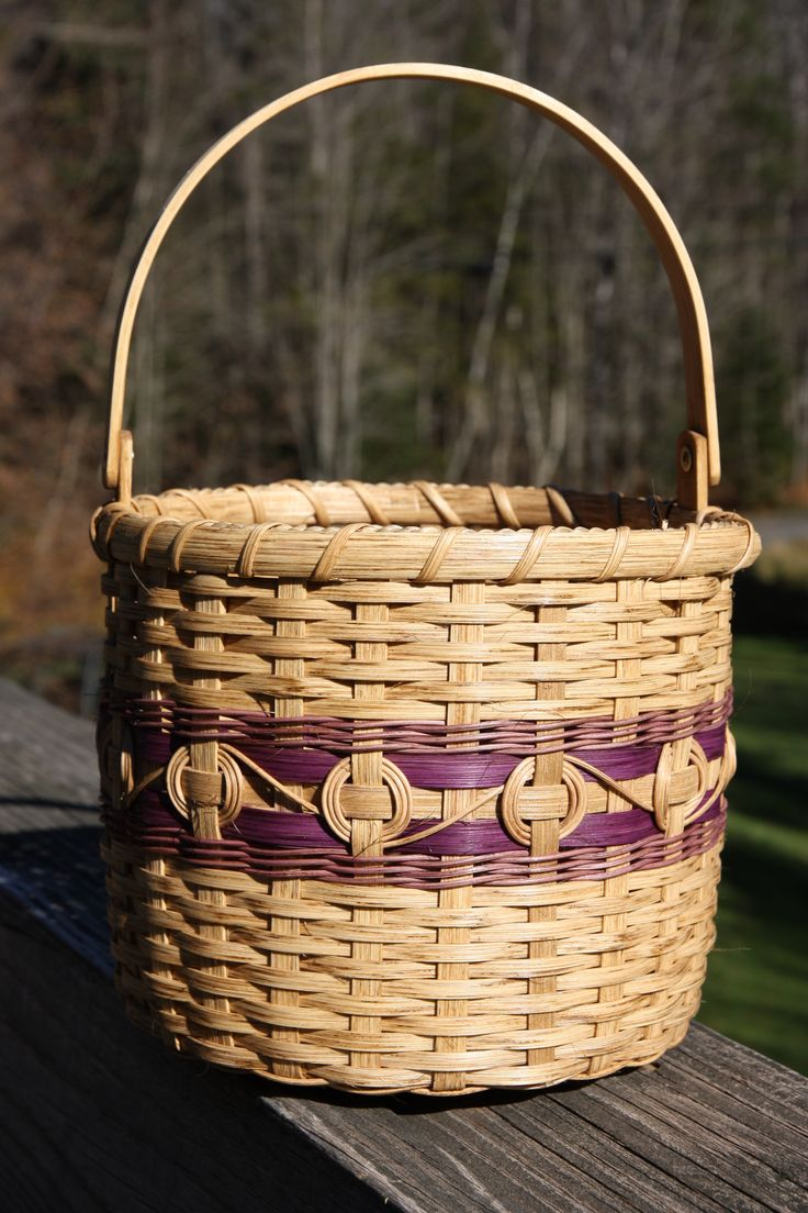 Cherokee Wheels Basket - purple - based on a pattern by Patricia Yunkes but modified by me