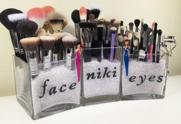Clear Makeup Brush Storage | 17 Makeup Storage Ideas You'll Surely Love | Creative and Cheap Makeup Organizer! by Makeup Tutorials at http://makeuptutorials.com/makeup-storage-ideas/