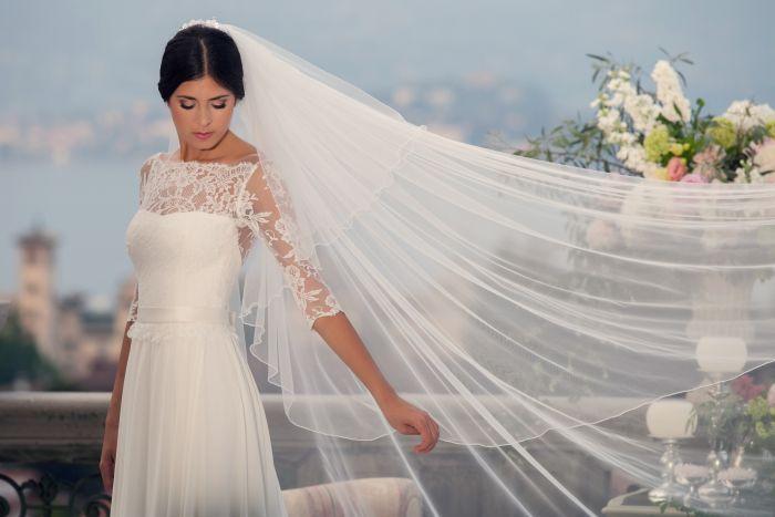 abiti-sposa-couture-hayez-2016-collezioni-brand-sposa-modelli-sposa-con-manica- pizzo-georgette-seta- ph-erika-di-vito-velo-lungo-