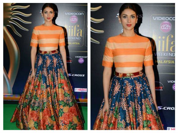 Picking the ever popular silhouette from Sabyasachi, #Aditi looked smoking hot on the green carpet.