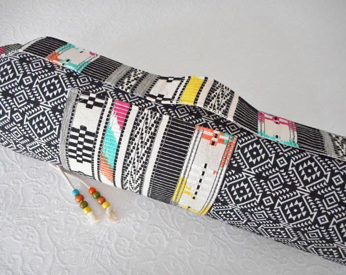 Yoga mat tas - Azteekse textiel - met IKAT-stof geborduurd op de voor zak & carry riem - prachtige