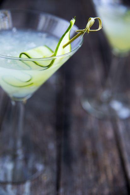 Cucumber cocktail. http://www.jotainmaukasta.fi/2014/09/05/helan-gar/