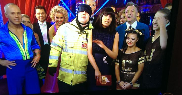 Fans divided over Peter Kay's homophobic Judge Rinder joke on Strictly Come Dancing - Manchester Evening News