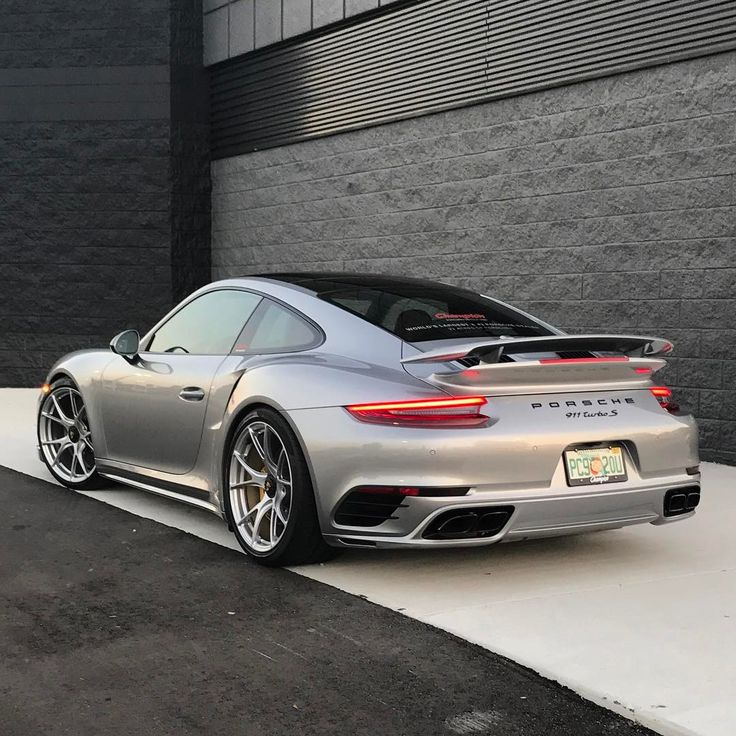 Dependable Auto Shippers This is how we Make it happen. #LGMSports move it with http://LGMSports.com Porsche 911 Turbo S