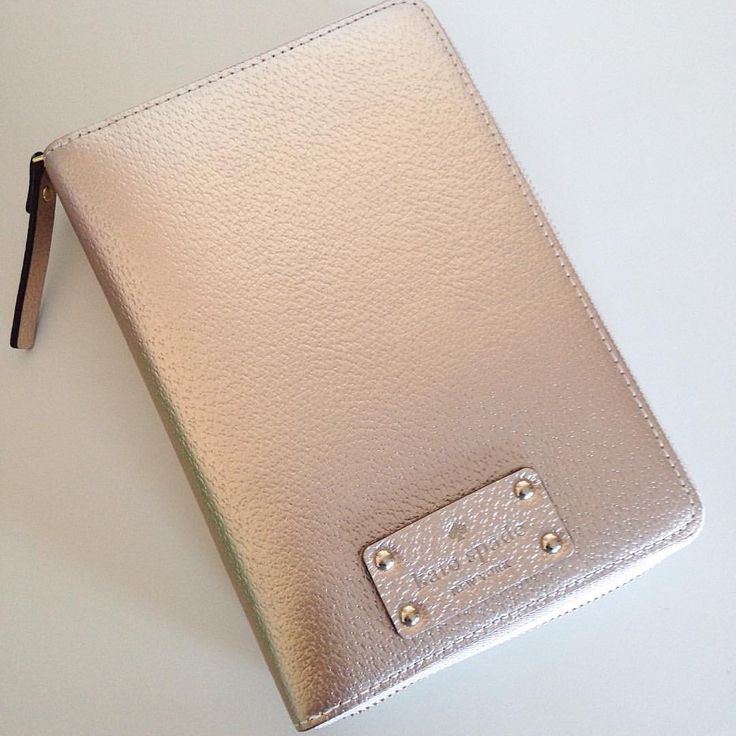 Kate Spade - Wellesley Rose Gold Planner