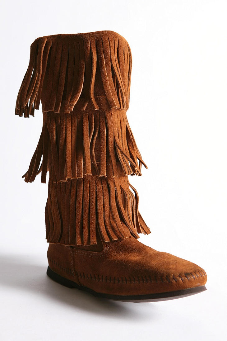 Minnetonka suede leather knee high tall lace up moccasin fringe boots - Minnetonka Triple Fringe Boot Almost Bought These But They Didn T Have My Size Still Searching
