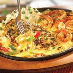 TGI Friday's sizzling chicken & shrimp - sautéed garlic-marinated chicken…
