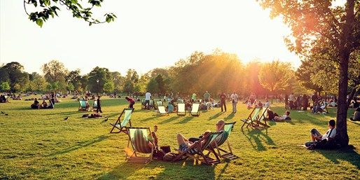 Hyde park, with a Pret's sandwich in the sun