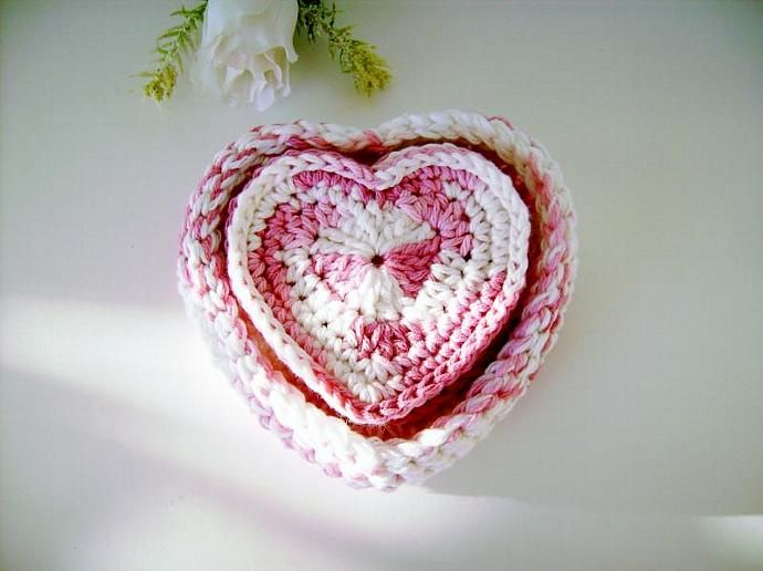 Pink and White Crocheted #Heart #Coasters and  Bowl Set #CustomCrochet #zibbet