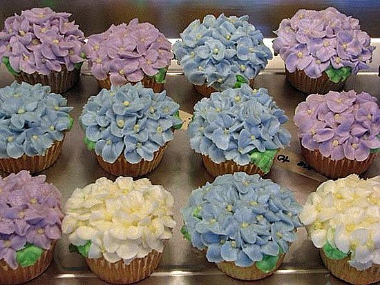 Hydrangea Cupcakes!!