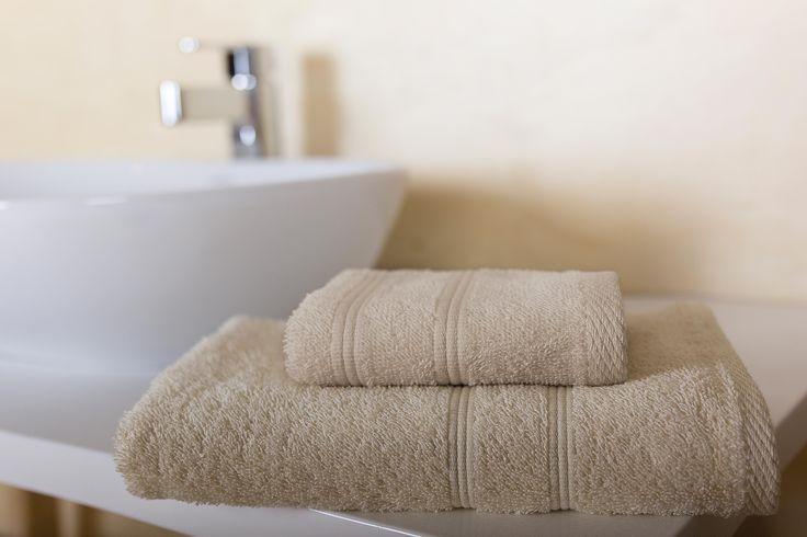 Basic bath towels