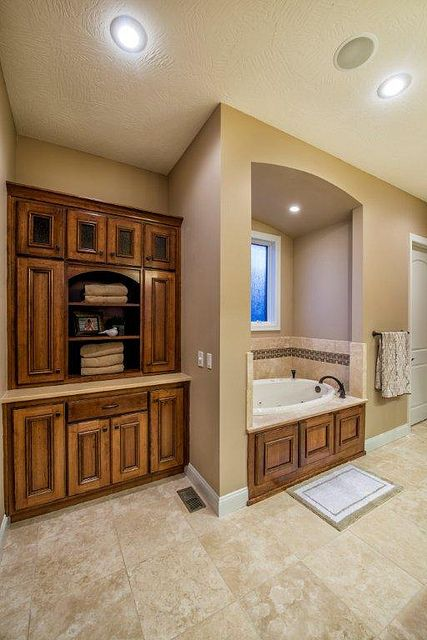 1000 Ideas About Bathroom Built Ins On Pinterest Small
