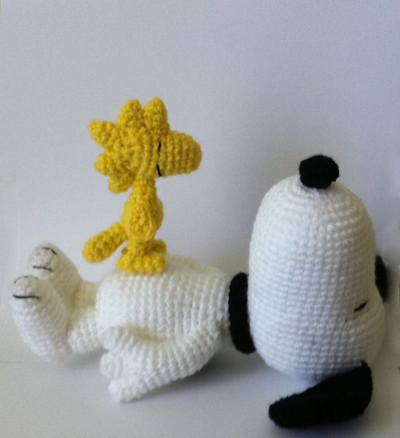 Ravelry: Woodstock Inspired bird amigurumi pattern by Amanda L. Girão