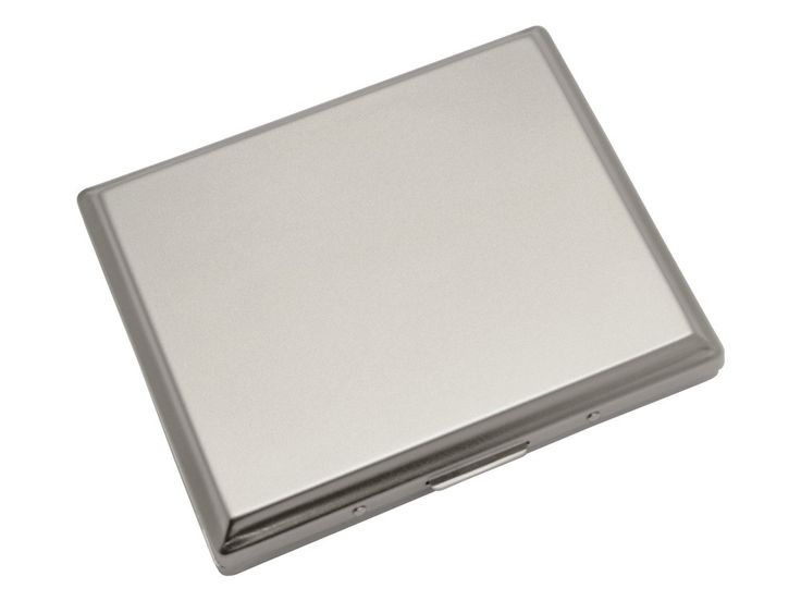 Looking for a personalised cigarette case? Place your order for Metal Cigarette Case JC Double Large at We Get Personal UK.