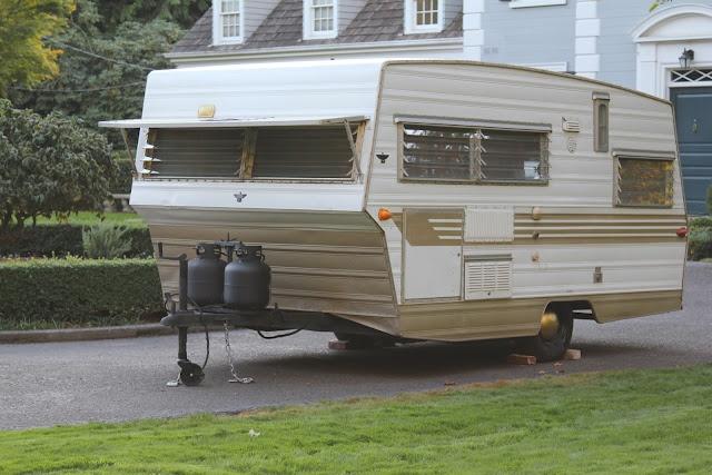 vintage 1968 aristocrat lo liner travel trailer excellent condition trailer pinterest. Black Bedroom Furniture Sets. Home Design Ideas