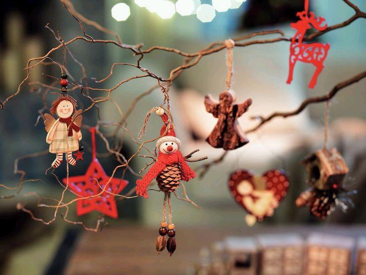 Micile decoratiuni impodobesc bradul #kikaromania #decoratiuni #accesorii #iarna #living #emotie #familie #camin #locuinta