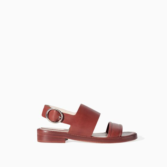 FLAT LEATHER SANDAL WITH BUCKLE - Flat sandals - Shoes - WOMAN | ZARA Thailand