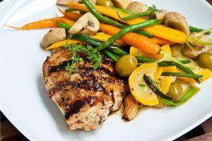 Kyckling i ugn med frästa grönsaker