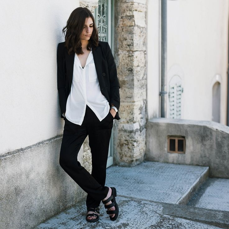 Boyish minimalist | #Fashion POST by Elite Member @ariadibari  Ft @Theory__ #fbloggers