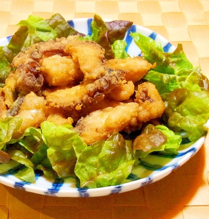 Octopus Karaage (Deep-fried Octopus):I'm afraid of splattering oil so this recipe is pan fried. Provided by OYSHEE - easy recipes -