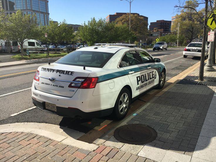 Arlington County Police Dept. Ford Police Interceptor & The 25+ best Ford police ideas on Pinterest   Police cars Car cop ... markmcfarlin.com