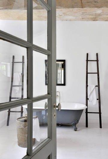 ladders + grey clawfoot