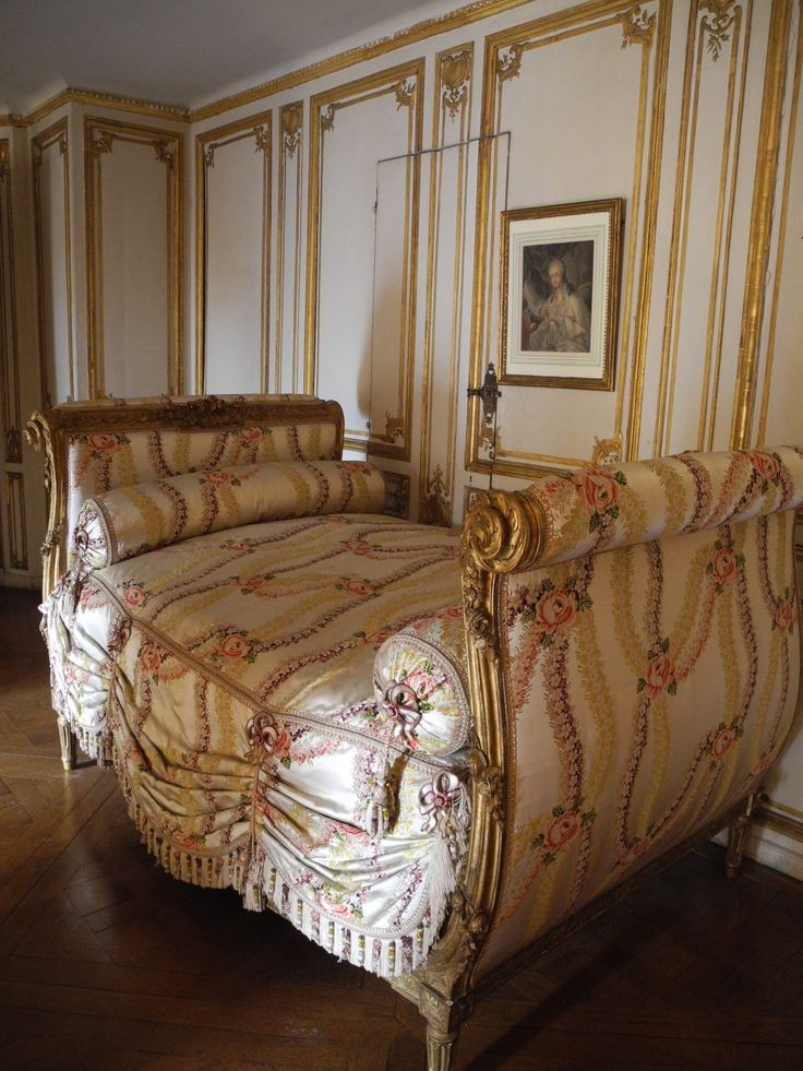 11 best 18th century design images on pinterest for Chambre louis xvi versailles