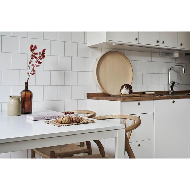 "1,050 gilla-markeringar, 8 kommentarer - Fantastic Frank (@fantasticfrank) på Instagram: ""Kitchen in new listing at #Kungsholmen #rålambsvägen 📸 @emmajonssondysell 🛠 @katiathoger…"""