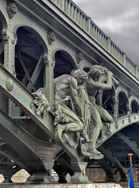 Bir-Hakeim Bridge / Pont de Passy, Paris XVI                                                                                                                                                      More