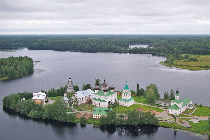The Antonievo-Siysky Monastery, Arkhangelsk Region // It is a Russian Orthodox monastery located 160 km from Arkhangelsk, on a peninsula of Mikhailovskoye Lake. The Siya river, which flows out of the lake, gave the monastery its name.The monastery was founded in 1556 by Saint Antonio, who along with some other monks, settled on the island.