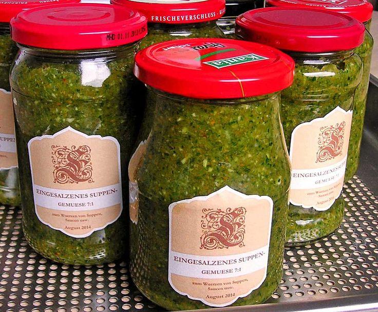 Eingesalzenes Gemüse für Gemüsebrühe, ein leckeres Rezept aus der Kategorie Vegan. Bewertungen: 204. Durchschnitt: Ø 4,8.