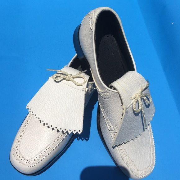Ladies white converse golf shoe. Size 7 $19 Get your game on with these  Ladies white converse golf shoes. Brand-new. Never worn. (without box ) Size 7 - $19 Converse Shoes Athletic Shoes