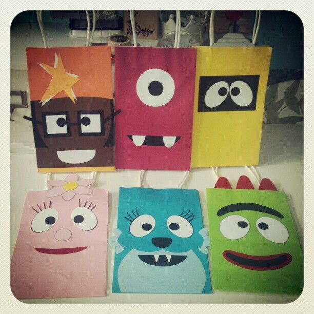 DIY Yo Gabba Gabba Birthday Party Treat Bags Video Tutorial
