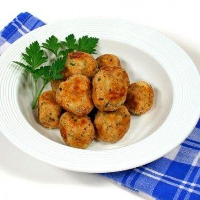 Polpette di pollo con prosciutto cotto e formaggio, la ricetta