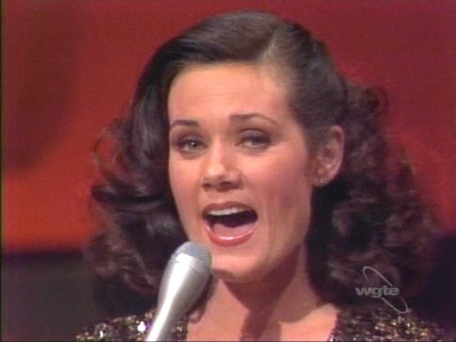 Ralna English, best performer on Lawrence Welk, LOVE HER!!!