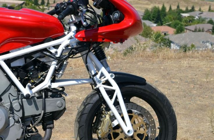 Closeup of the Hossack front suspension for the Ducati 800