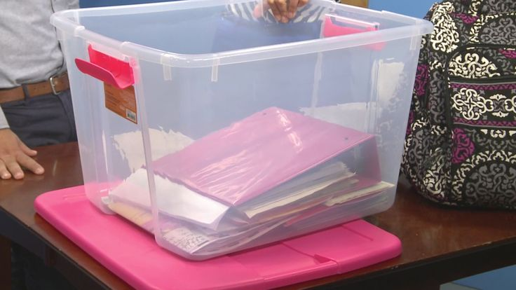 What to do with all of the school items over summer vacation? Here are some great tips! #summervacation